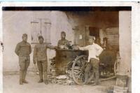 Otec Josef Čáslavka jako kuchař v Itálii, 2. zleva, za první světové války, 1917