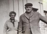 82 Pamětnice s manželem v Bukovině