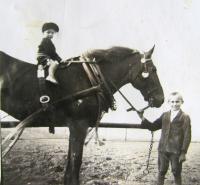 Břetislav Loubal, childhood, horses