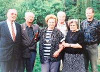 Koloman Hamar with his wife (second from the right) and visitors from France