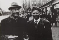 J.M. Dobrodinský se svým učitelem V. Talichem