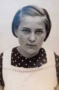 Anna Schreiberová - around 1939