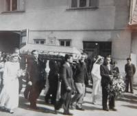 Funeral of a cousin Jan Jiruch coming out of the Schreibers´ house on 11 May 1945 in Vranová Lhota