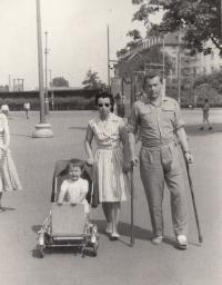 S manželkou Evou a dcerou Dášou, Praha 1959