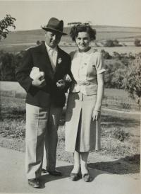 František a Jarmila Karabelovi