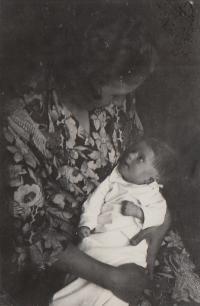 Hana červenec 1934, 3 měsíce