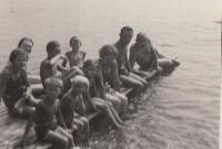U rybníka Horní Čermná 1938