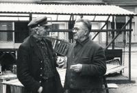 Vlevo Josef Beránek, otec, vpravo Theodor Hohaus