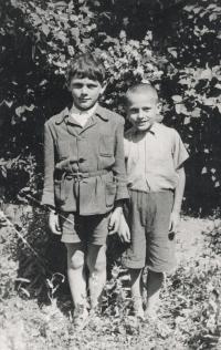 Jiří Beránek on the left side with friend František Fišer