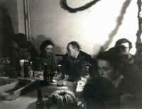 1952 - s profesorem Fillou při oslavě jeho 70.narozenin