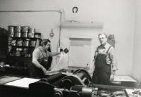 1995 - Karel Beneš ve své dílně
