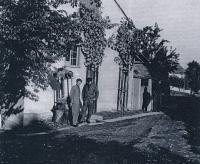 rodný dům ve Vlčnově - František a Karel