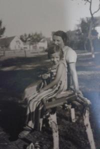 Zorica Dubovská s maminkou