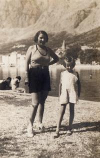 Makarska s maminkou - 1934