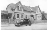 Dům babičky Marie Hnitkové před náletem, Kralupy nad Vltavou, březen 1944