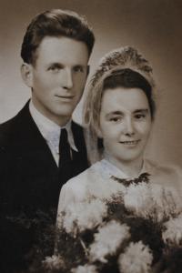 Jitka a Stanislav, svatební fotografie I.