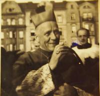 Kardinál Josef Beran v Plzni, 1947
