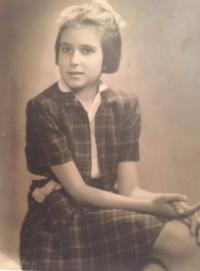 Zdena Freundová (Hradec Králové, 1940)