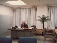 Ludvík Armbruster ředitelem univerzitní knihovny, Sophia University, Tokio, 1984