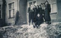 1949, Scout, Bibiana bottom