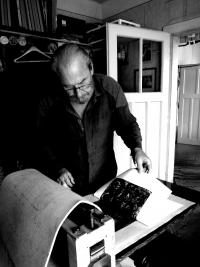 Oldřich Hamera in his studio at Braškov 2, 2015