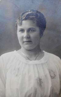 Matka Bohumila Axmanová