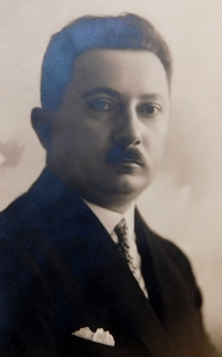 Otec František Axman