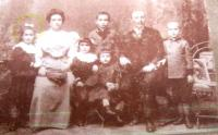 Tchorž Family, Eva's mother first from the left