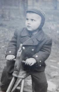 Josef Kajnek v dětství