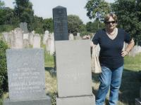 Ruth Beery and graves of her grandparents, Hlohovec