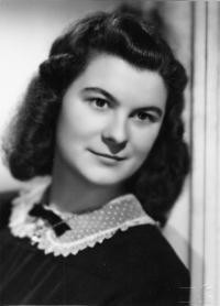 Dagmar Procházková, roz. Weitzenbauerová v roce 1948