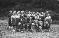 Skauti 1938, Dagmar Weitzenbauerová 2. řada odspodu, 2. vlevo