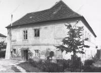 Dům v Praze- Střešovicích, Andělka č.7., také Sokolovna,  kde D. Weitzenbauerová prožila dětství