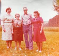 Sourozenci Fischerovi. Zleva Alžběta, Pavla, Richard a Hildegarda