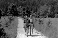 S matkou, 30. léta
