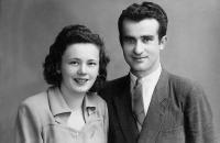 Robertova maminka a tatínek, Nové Zámky 1947