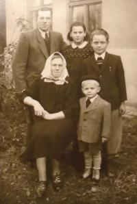 With parents in 1953