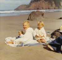 1970 Helen a Mark - Janiny děti u moře
