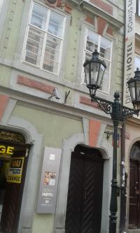 U Mouřenína v roce 2016, Praha Malá Strana