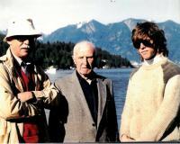 Tři generace Drábků na ostrově Bowen u Vancouveru asi v roce 1985 (Jan Drábek, Jaroslav Drábek, Jan Drábek - syn bratra)