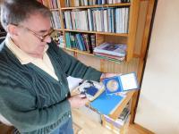 Miloslav Šváček s  medailí ceny měta Přerova