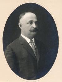 Dědeček Vilém Lederer, ca 1920