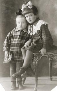 Juřinová Irina, 1932