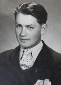 Pavel Bednár v roce 1943