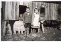 Zdeněk Rerych+jeho sestřenice Miloslava Rerychová 1939