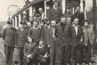 1963 - Dopravní podnik, Vnislav jako řidič tramvaje mezi spolupracovníky I.
