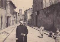 1959 - Petr Esterka na procházce Římem