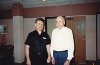 1989 - červen, Petr Esterka a Mons. Petr Lekavý (byl český římskokatolický kněz působící v zahraničí, politik a papežský komoří)