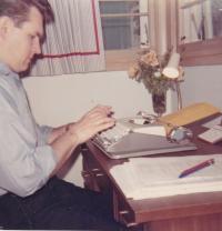 1968 - Petr Esterka ve své pracovně