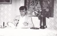 1984 - mše svatá doma u sestry Anežky v Dolních Bojanovicích. V té době zřejmě nemohl ještě veřejně vystupovat, mše svatá doma byla běžnou praxí.